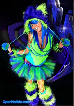 Perfect for a rave night, PLUR party of a fur night. Blue and green party rave outfit. For sale on Etsy. Rave Girls, Edm Girls, Goth Girls, Festival Outfits, Festival Fashion, Festival Clothing, Festival Makeup, Rave Costumes, Adult Costumes