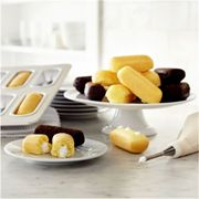 Fat Daddio's Crème Snack Cake Pan | Sur La Table  Twinkiesssss!!!
