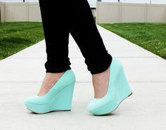 Women's Summer Wedges - 2 Colors and 55% Off! | Find them now at www.groopdealz.com