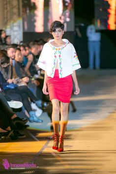 #Innovamoda17 #Model #NohemiMontserrat Diseño #JesusCuevas