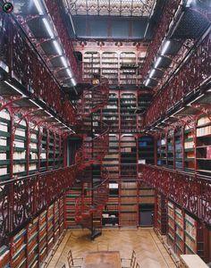 Hollanda Parlamento Kütüphanesi