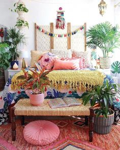 Unique Boho Bedroom Decorating Ideas To Upgrade Your House - Bohemian eclectic decor is an unique personal statement deriving inspiration from a variety of cultures and a broad spectrum of vintage spaces. A cura. Bohemian Bedroom Decor, Boho Room, Bohemian Interior, Bohemian Apartment, Asian Bedroom Decor, Tropical Bedroom Decor, Stylish Interior, Asian Home Decor, Bohemian Style Bedrooms
