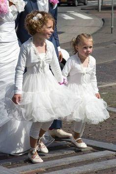 Jottum bridesmaid communion special occasion white festive dress Silva 116 4 6 Y