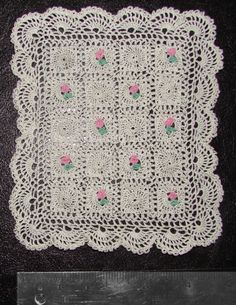 Handmade miniature Rugs, Bedlinen, Pillows, Afgans and Bedspreads for your Doll House by Michelle Osinski Minis, Barbie Doll House, Crochet Decoration, Mini Cross Stitch, Victorian Dollhouse, Miniature Dolls, Miniature Houses, Tiny Treasures, Doll Furniture
