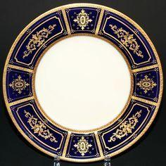 "Antique Wedgwood Renaissance Red White /& Blue 10 1//4/"" Gilded Dinner Plate c1870"