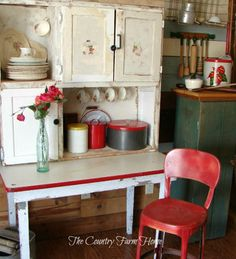 The Country Farm Home: A Corner of the Country Prim Farmhouse