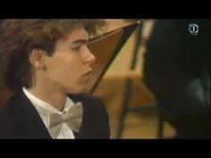 Pogorelich plays Chopin Piano concerto No  2 in F minor, Op  21