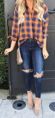 jeans outfit fall 21 Best Fall Outfits We're Dying to Try Plaid Shirt, Ripped Jeans and Boots Outfit Jeans, Plaid Shirt Outfits, Crop Top Outfits, Jean Outfits, Plus Size Outfits, Flannel Shirts, Classy Outfits, Casual Outfits, Cute Outfits