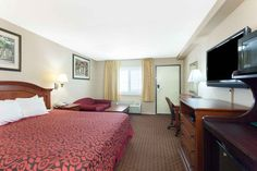 """content=""""Book our budget Alhambra Hotel while on visit to University of Southern California, California Institute of Technology, Rose Bowl Stadium or wanted to explore famous Downtown Los Angeles attractions."""