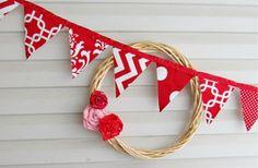 Simple decor-wreath & bunting