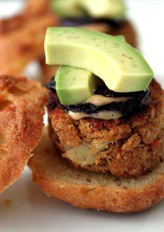 Lump Crabcake & Avocado Sliders