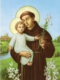 """Anthony of Padua. """"Legend says that his prayer book went missing, and years after his death, an angry Anthony appeared in a vision to the guilty novice, who had """"borrowed"""" it (and not checked it out!"""" Patron of the recovery of lost items. Saint Antony, Saint Anthony Of Padua, Catholic Religion, Catholic Saints, Oracion A San Antonio, Jesus More, Image Jesus, St Anthony's, Miracle Prayer"""