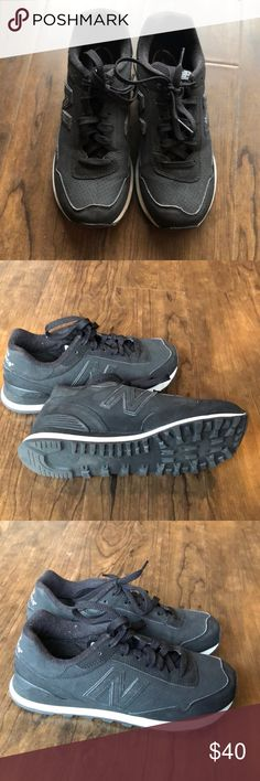 New balance 515 classic stealth black size 7.5 Worn only 2x, in very good condition. Classic new balance style, all black leather. New Balance Shoes Athletic Shoes