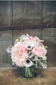 Thomas Pellicer / Michelle Garibay / Pink and Grey Wedding / Seven Stems Floral Design and Events / via StyleUnveiled.com