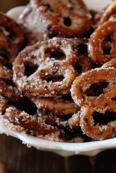 Cinnamon Sugar Pretzels: 2/3 cup veg oil, 1/2 cup sugar, 3 teaspoons cinnamon, 300 degrees, 30 minutes