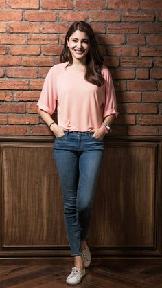 How to wear cute outfits casual chic 31 ideas for 2019 indianoutfits Look Fashion, Indian Fashion, Trendy Fashion, Girl Fashion, Fashion Days, Fashion Design, Chic Outfits, Trendy Outfits, Fashion Outfits