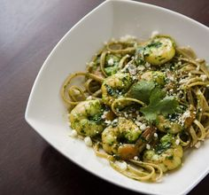 Linguine w/ Shrimp & Cilantro Pesto. Linguine with Shrimp and Cilantro Lime Pesto Shrimp Linguine, Pesto Shrimp, Cilantro Pesto, Pesto Pasta, Pesto Sauce, Cilantro Shrimp, Great Recipes, Healthy Recipes, Favorite Recipes