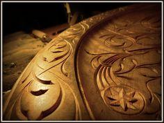 Detail of plate in silver birch, design/carving  Bård bjørndalseter