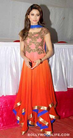 Singh Saab the Great actress Urvashi Rautela celebrates Ganeshotsav – View Pics! – Bollywood News & Gossip, Movie Reviews, Trailers & Videos at Bollywoodlife.com