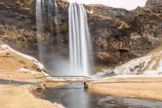 iceland waterfalls content