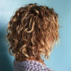 She rocks her natural curl! Cut and styled while also... Added some highlights for natural dimension! ➰➰➰ #jasminesalonspa #aveda #avedacolor #becurly #avedacurls #avedabecurly #avedapro #avedalove #beige #beigetones #summerhair #beachhair #caramelhighlights #curls #mediumlength #aboveshouldercurls #shoulderlength #caligirl #haircolor #naturalcurl #curlyhair #bighair #balayage #americansalon #hairbrained #btcpics #modernsalon #imallaboutdahair #hotonbeauty #stylistshopconnect