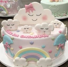 La imagen puede contener: comida Baby Birthday Cakes, 1st Birthday Parties, Baby Shower Cakes, Cloud Party, Cloud Cake, Rainbow Baby, Cute Cakes, First Birthdays, Cake Decorating