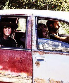 """The Distance"" | S5E11 | The Walking Dead (AMC)"