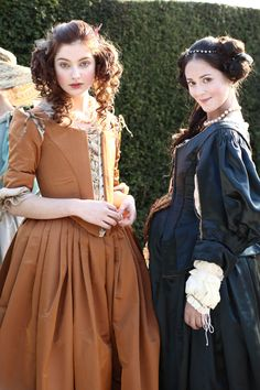 Antonia Clarke as Frances Stewart and Susannah Fielding as Lady Castlemaine in The Great Fire (TV Mini-Series, 2014). [x]