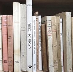 Philippe Soupault, Selfie Foto, Book Aesthetic, Aesthetic Light, New Wall, Jouer, Belle Photo, Wall Collage, Book Worms