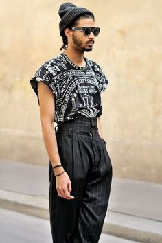 Printed t-shirt tucked into pinstripe pants - Fashion Queer Fashion, Androgynous Fashion, Androgyny, Androgynous Clothing, Men's Fashion, Fashion Outfits, Mode Chic, Mode Style, Alternative Mode