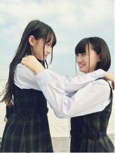 乃木坂46 (nogizaka46)  Nakada Kana (中田 花奈)  Ito Marika (伊藤 万理華)