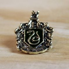 HARRY POTTER Handmade Slytherin Enamel Pin