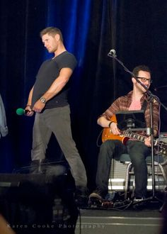 Haha, they had way too much fun with that fan.  Supernatural – Jensen Ackles – Dean Winchester