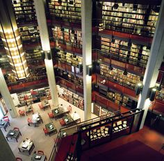 Thomas Fisher Rare Book Library, University of Toronto, Canada. Library University, University Of Toronto, Beautiful Library, Dream Library, Somerset, Library Bookshelves, Bookcases, World Library, Library Architecture