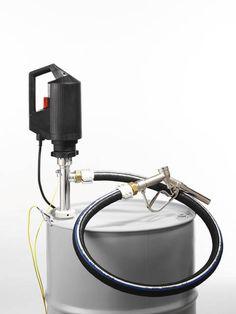 Elektryczna pompa do beczek do wszystkich palnych cieczy, słabych kwasów i ługu oraz artykułów spożywczych. Pompa posiada klasyfikacje EX, można ją stosować wszędzie tam, gdzie występuje niebezpieczeństwo wystąpienia pożaru czy wybuchu.