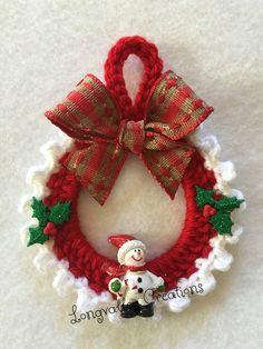 Hand Crochet Christmas Ornament, Christmas Ornament , wall hanging, etc. Crochet Christmas Wreath, Crochet Wreath, Crochet Christmas Decorations, Christmas Tree Toy, Crochet Decoration, Christmas Crochet Patterns, Holiday Crochet, Felt Christmas Ornaments, Christmas Minis