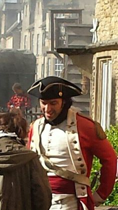 """@Dorina335: Ross Poldark! #poldarkfilming pic.twitter.com/YLfRDRkE97"" #AidanTurnerTuesday PERFECT!"