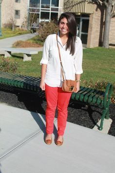 ACCESSORIES REPORT: Lady in Red http://www.collegefashionista.com/school/view/misericordia_university/accessories_report_lady_in_red