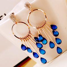 Pretty baby earrings earrings Korea Crystal crazy jewelry vintage married Korean rose earrings Baby Earrings, Rose Earrings, Korean Accessories, Weird Jewelry, Korean Jewelry, Pretty Baby, Very Lovely, Korean Fashion, Vintage Jewelry