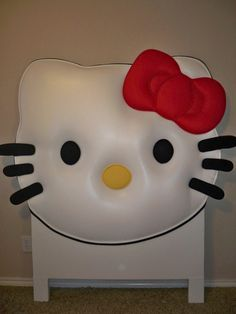 Hello Kitty Inspired Headboard...This Is Aaaahh Maayy Zinggg!