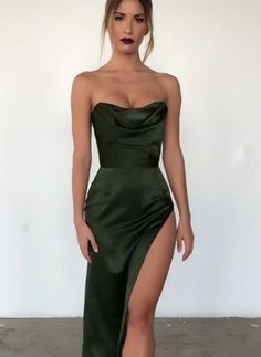 Swans Style is the top online fashion store for women. Shop sexy club dresses, jeans, shoes, bodysuits, skirts and more. Pretty Dresses, Sexy Dresses, Beautiful Dresses, Fashion Dresses, Gala Dresses, Event Dresses, Formal Dresses, Dresscode, Prom Outfits