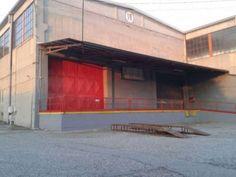 EK-1406103  A Torino confine Settimo in zona Abbadia di Stura a poche centinaia di metri dall'uscita/entrata della tangenziale nord, capannone con area produttiva di circa 850 mq molto luminoso,