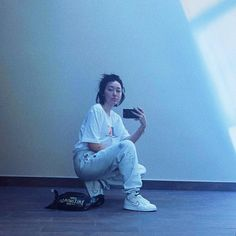 Noah Cyrus, Hollywood Girls, Iconic Women, Celebs, Celebrities, Street Wear, My Love, Outfits, Supreme
