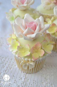 Keepsake Corsage and Roses (Hilary Rose Cupcakes) Tags: wedding rose vintage lace pastel cupcake ribbon hydrangea corsage piping vintagewedd. Elegant Cupcakes, Fancy Cupcakes, Pretty Cupcakes, Beautiful Cupcakes, Yummy Cupcakes, Wedding Cupcakes, Cupcake Cookies, Floral Cupcakes, Hydrangea Cupcakes