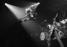 David Lee Roth and Eddie Van Halen perform at the Rainbow Theatre in Finsbury Park, London on October Eddie Van Halen, Alex Van Halen, David Lee Roth, Sammy Hagar, The Doors, Ozzy Osbourne, Def Leppard, Aerosmith, Finsbury Park