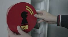 Virtual Fridge Lock Tells Social Networks If You're Cheating on Your Diet