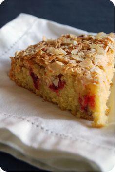 Gâteau crousti-fondant orange, amande, canneberge : la recette facile