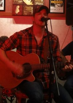 I reviewed an exceptional Wednesday evening of country music from singer Jay Taylor at Jasper Hill Cafe & Bistro in Holliston. I had enjoyed some of Jay's originals over the last few months and was not-at-all disappointed by his live set.