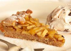 Apfeltarte - Nüsse und Äpfel sind eine tolle Kombination Strudel, Apple Pie, Waffles, French Toast, Baking, Breakfast, Desserts, Food, Pie