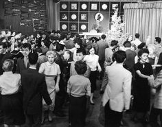 American Bandstand 1957 and Dick Clark